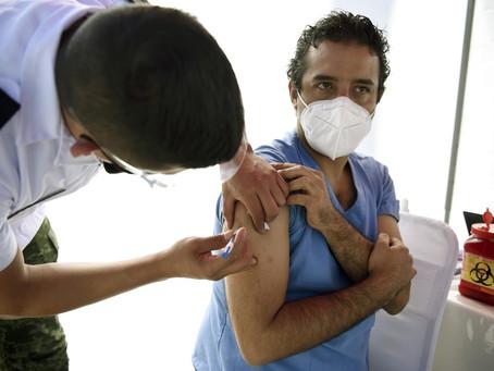 Testagem, vacinação e campanhas: como a Cidade do México conseguiu reduzir a mortalidade por Covid