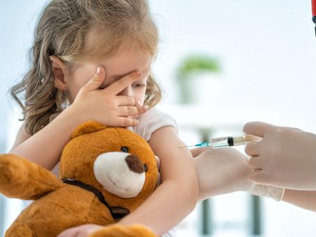 Justiça obriga casal a vacinar filhos