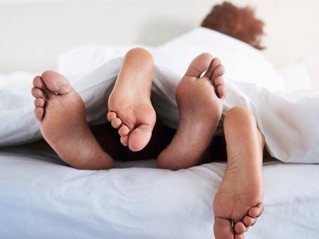 Sexo matinal faz bem à saúde, relaxa e deixa mais disposto