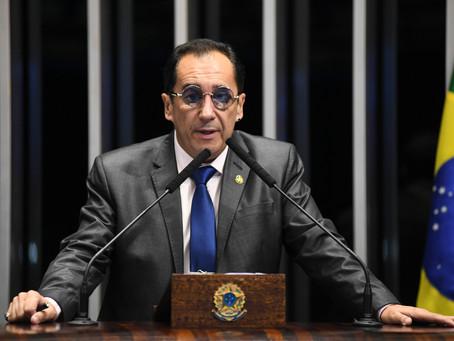 Senador Jorge Kajuru está na UTI de hospital em Brasília após sofrer convulsão