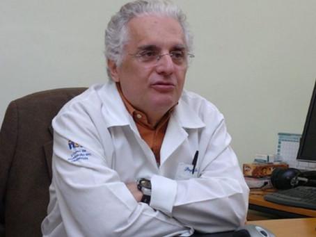 Vacinação por comorbidade no Brasil 'foi maluquice' e encorajou fraudes, diz epidemiologista