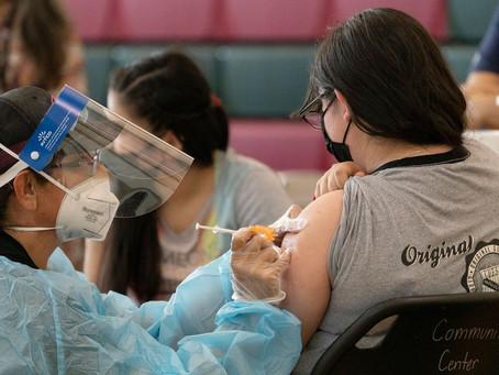 Los Angeles impõe vacinação anticovid obrigatória para estudantes maiores de 12 anos