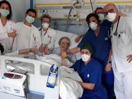 Italiana de 95 anos é curada do coronavírus e orgulha equipe médica