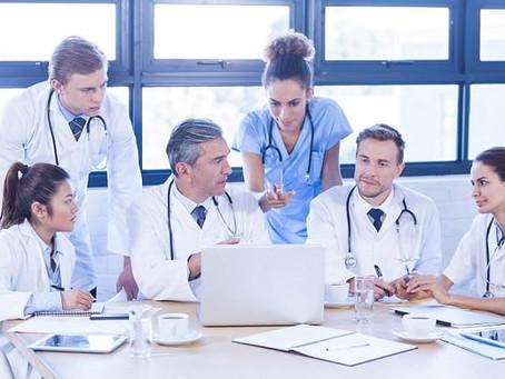 Médicos: Guia prático de conduta para Covid-19