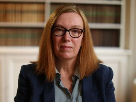 Terceira dose não deve ser para todos, diz criadora da vacina de Oxford