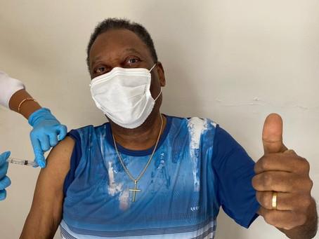 Pelé é internado em SP após exames de rotina apontarem problemas de saúde