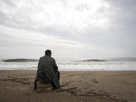 Como a solidão afeta a saúde no fim da vida