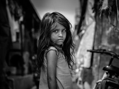 Criança morre de desnutrição após ser obrigada a fazer jejum de dois dias