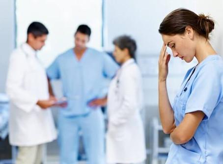 Pandemia: Saúde do DF faz 150 atendimentos psicológicos por dia e médicos relatam exaustão