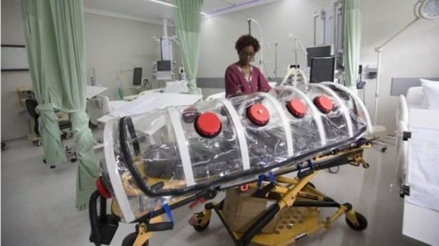 Isolar pacientes e casos suspeitos é a melhor forma de controlar a disseminação do vírus, apontam infectologistas — Foto: EPA