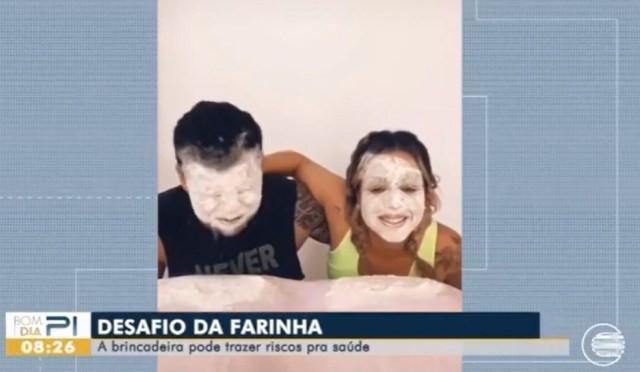Desafio da farinha viralizou na internet. — Foto: Reprodução/TV Clube