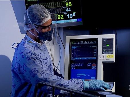 Médicos do sistema público são treinados para usar respiradores em situação de emergência