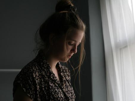 A importância de zelar pela saúde mental quando se tem uma doença crônica