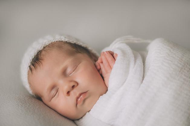 Newborn Kamilla 1.jpg