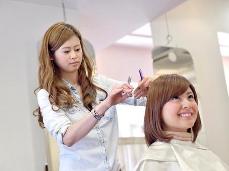 美容師さんの腰痛と予防法