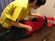 反り腰と腰痛の矯正