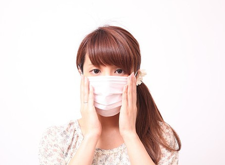 マスクによる肩こりや頭痛の原因と予防法