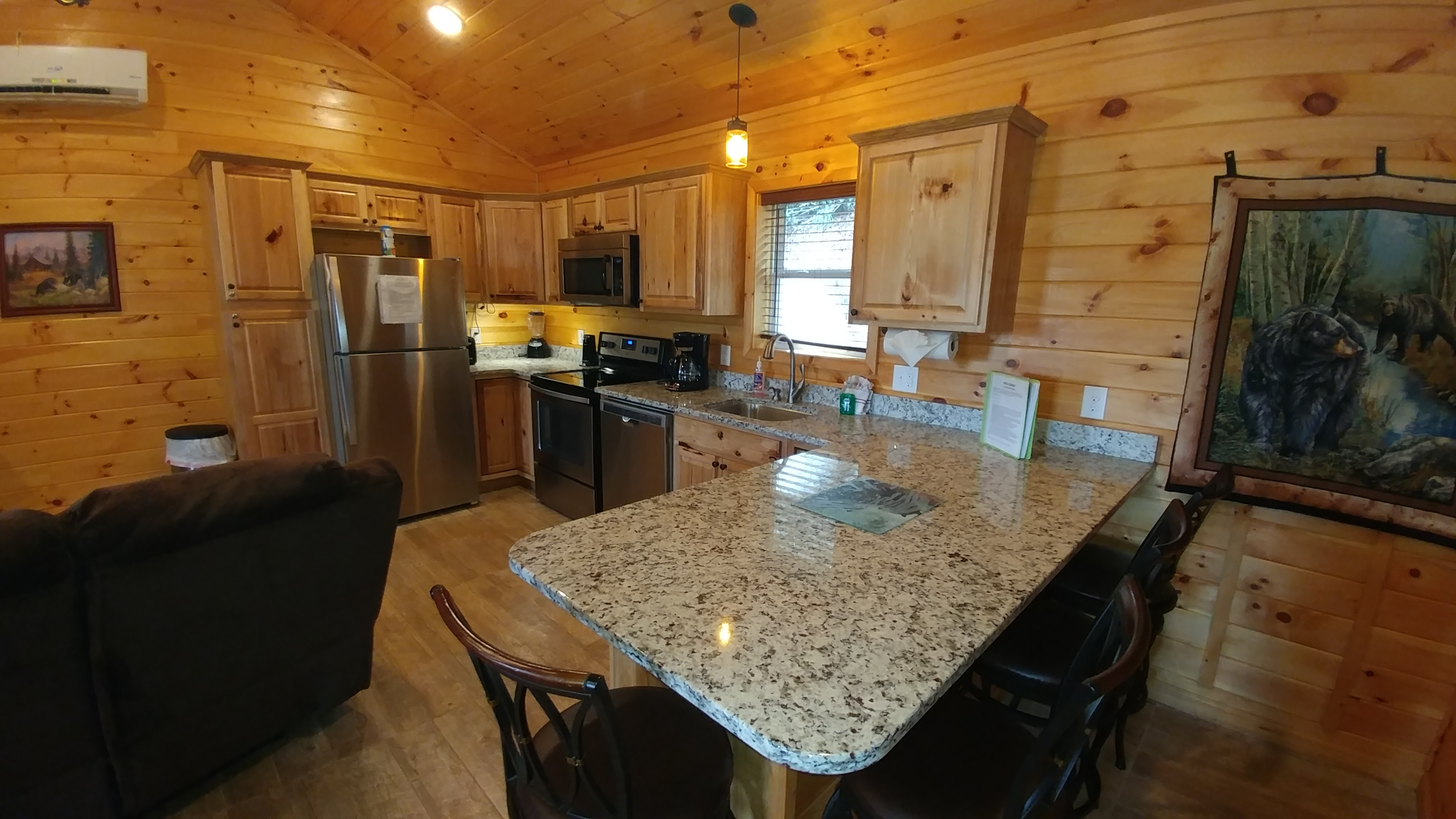 owner cabins cab bear lake rentals with by cabin rent view for jacuzzi big interior