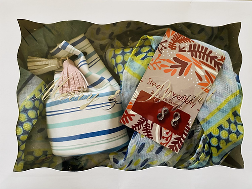 Gift Pack Scarf, jewellery & Pouch boxed pack 10