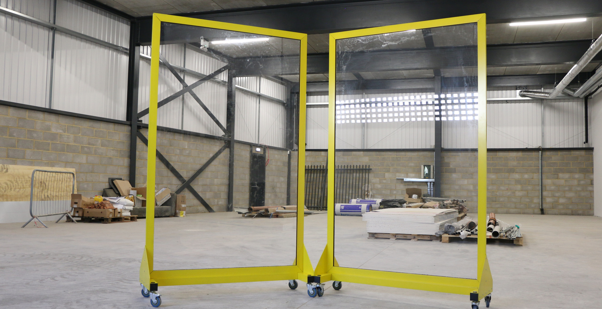 social distancing screens for construction sites