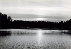 Solnedgång vid Baggensstäket 1944
