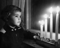 Dottern Gun-Britt i december 1956