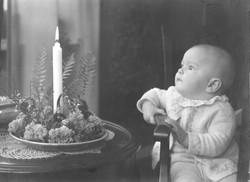 Sonen Jan 6 månader julen 1947