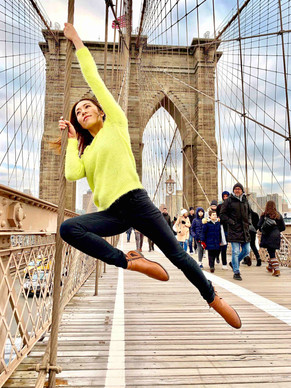 Brooklyn Bridge Pole 2.jpg