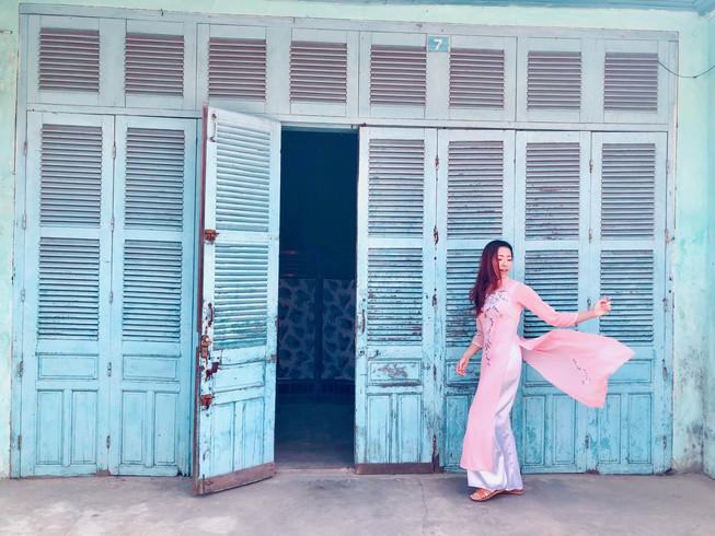 Hoi An Blue Doors.jpg
