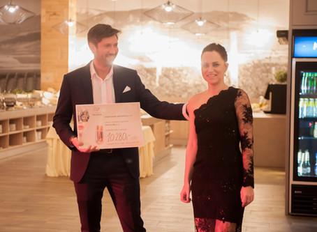 Vinařský ples provázely rekordy i cimbálka