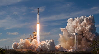 SpaceX%20Falcon%20Heavy%20Launch_edited.