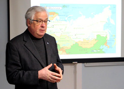 Dr. Sergei Kambalov Lectures at Pawling Library