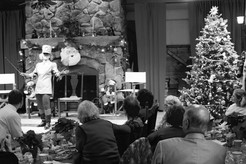 Shakespeare Club Holds Gala Yuletide Celebration
