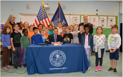 Molinaro Signs Law Prohibiting Use of Polystyrene Foam in Dutchess County