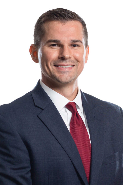 Financial Advisor Headshot Claremont Nor