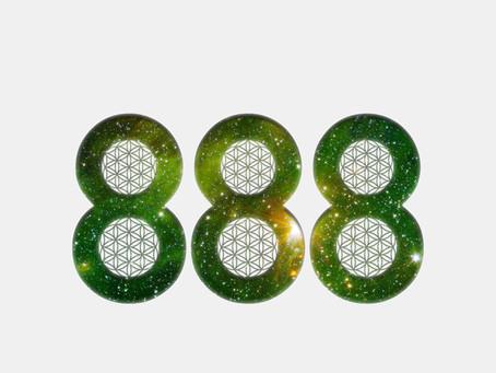 888 by Andartak
