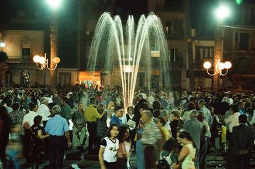 Fontana Piazza Manin Vittoria