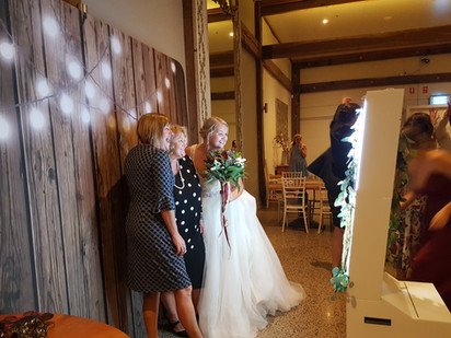 PicBox Photobooth Wedding