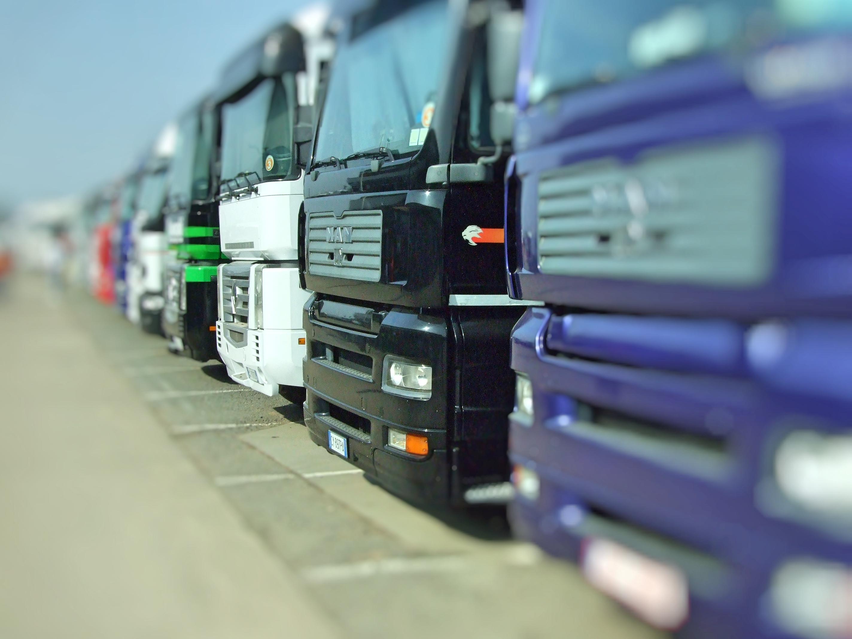 Unimos Camiones