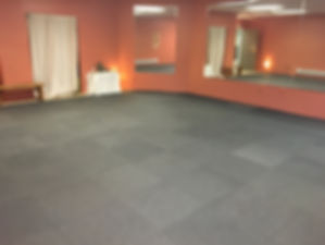 Dance studio 3.JPG