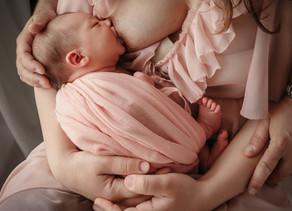Allattamento : al seno. artificiale o misto?...Quel è la scelta migliore?