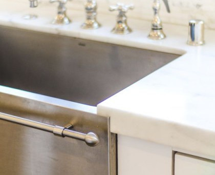 Picking a Sink? Use our Pros & Cons guide to help you narrow down which sink is best for you!