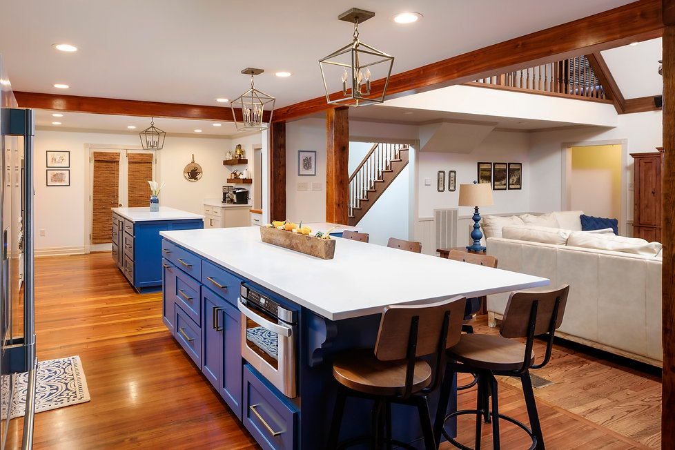 When Traditional and Rustic Elements Com