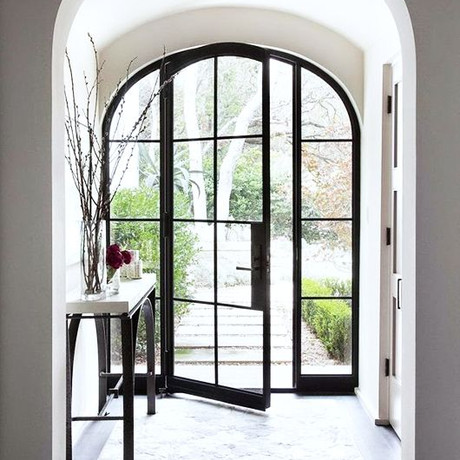 Trend Alert: Dark-Paned Windows