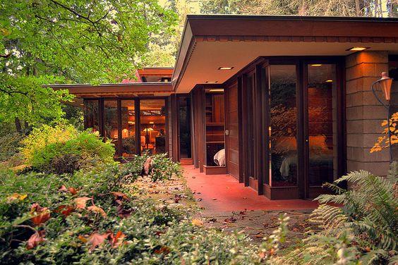 Frank Lloyd Wright's Barnes House | Flickr - Photo Sharing!