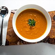 Carrot, Ginger, Turmeric Soup.  16oz