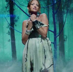 Celebrity - Natalia Jiménez for the traditional Banco Popular Music Production