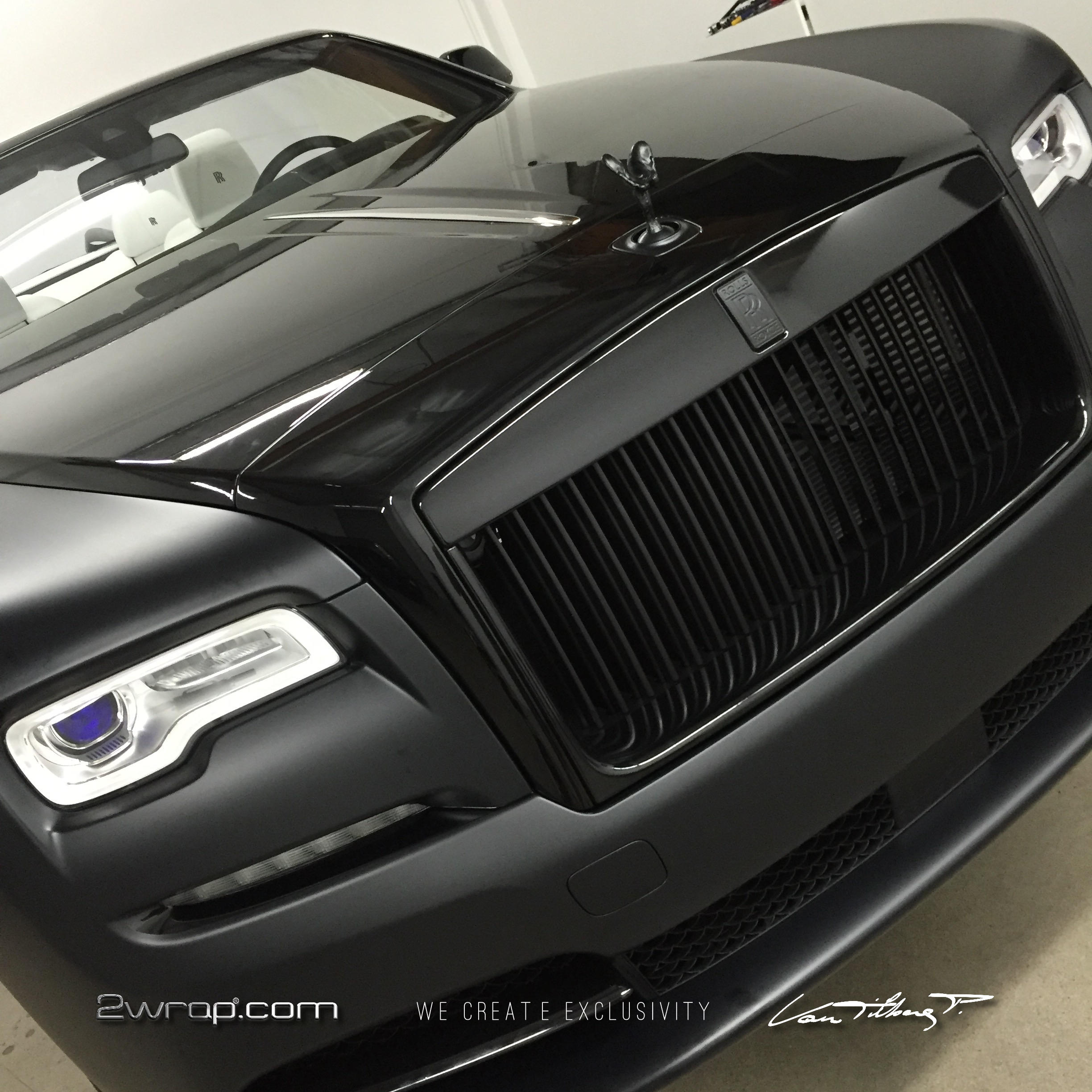 Rolls Royce Dawn Frozen black