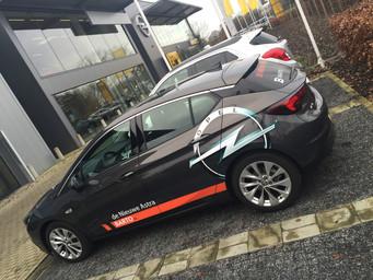 Opel Astra advertising wrap