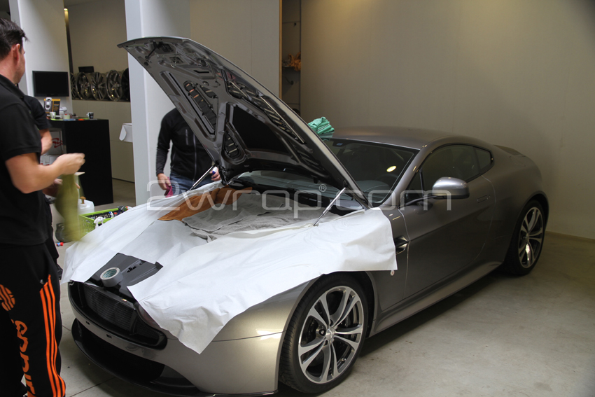 Clear bra Aston Martin2.jpg